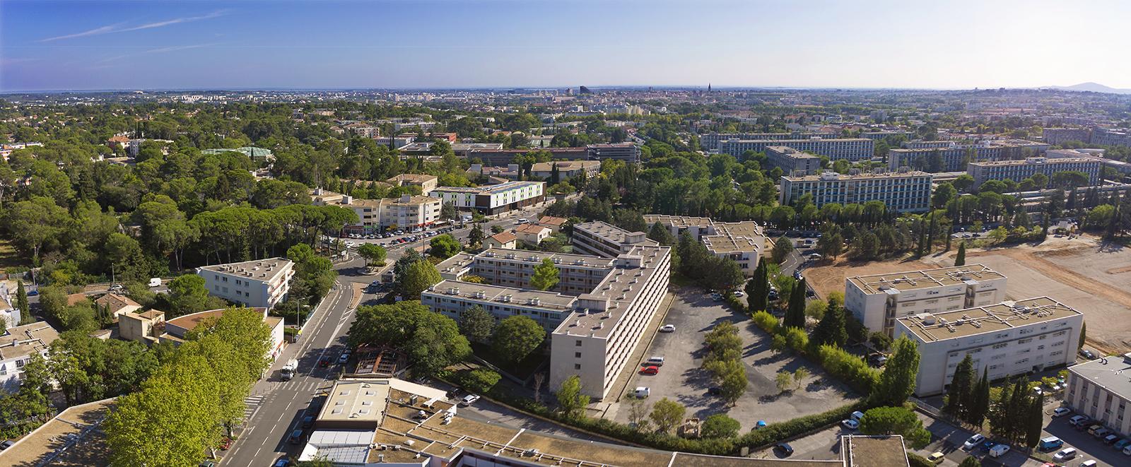 Photographie aérienne par drone présentant la rénovation de la cité étudiante Les Hirondelles à Montpellier.