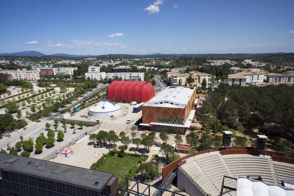 Dronestudio, société spécialisé en prise de vue aérienne par drone vous présente sa page dédiée à la photo aérienne de suivi de chantier. Photographie aérienne de suivi de chantier par drone à Montpellier.