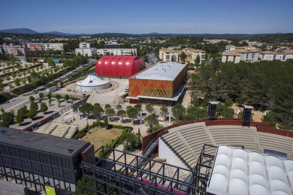 Photographie aérienne de suivi de chantier par drone à Montpellier.